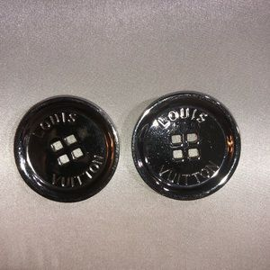 Loui double button brooches